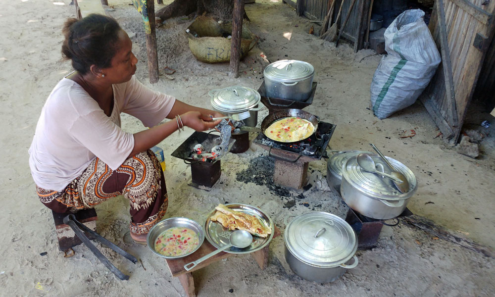 Travel tips do's and don't when travelling in Madagascar Cooking Malagasi style